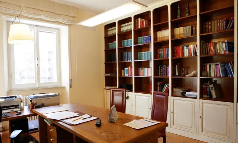 Studio legale tributario del federico e associati for Sedie studio legale